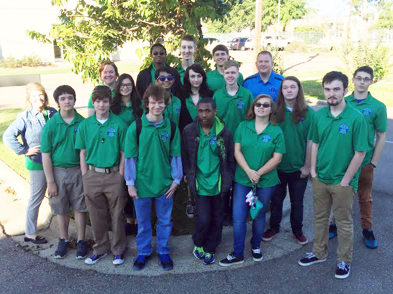 12 Dually Enrolled High School Students Earn Industry-Recognized Credentials